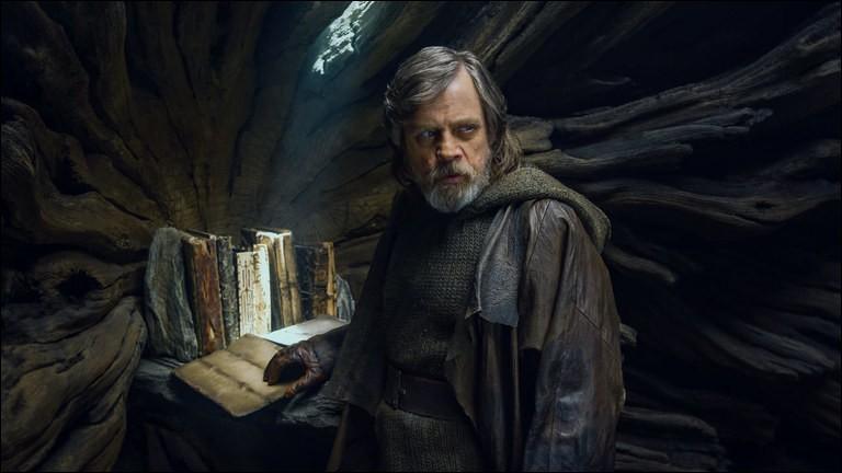 Sur quelle planète le maître Jedi Luke Skywalker est-il mort en rejoignant la Force ?