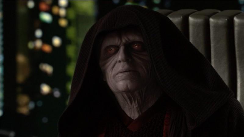 Qui a tué Dark Sidious dans l'épisode 9 ?