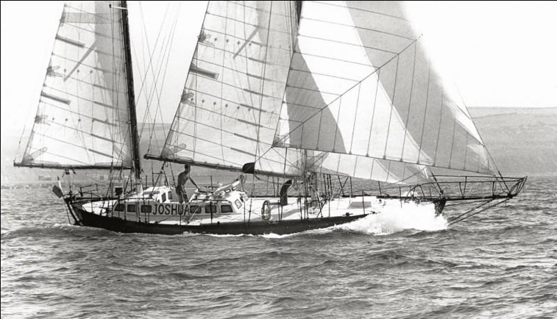 En 1968 comment s'appelle la première course à la voile en solitaire et sans escale autour du monde ?