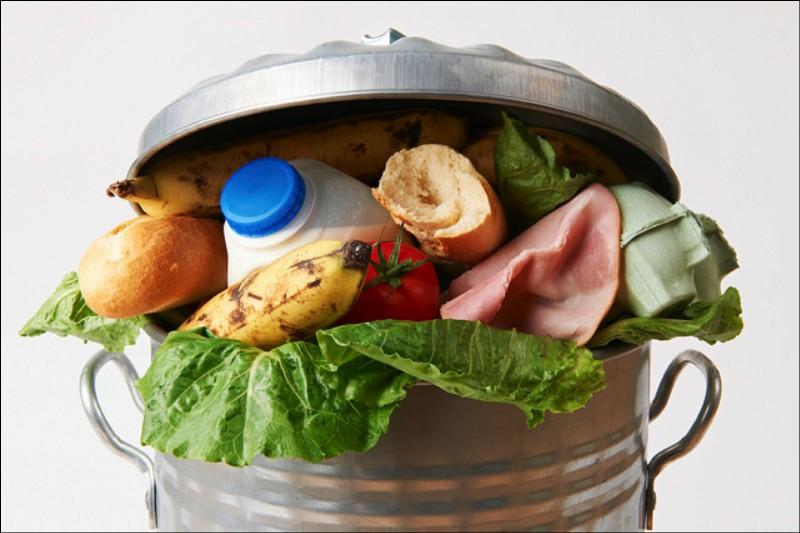 Combien de kilos de déchets alimentaires jette en moyenne par an chaque Français ?