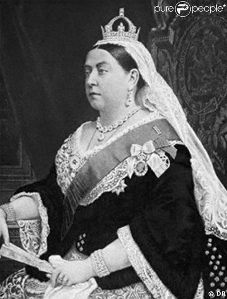 Mon règne de 63 ans fut le plus long de l'histoire de l'Angleterre. Il fut aussi très prestigieux, à tel point que j'obtins le titre d'impératrice des Indes. Qui suis-je ?