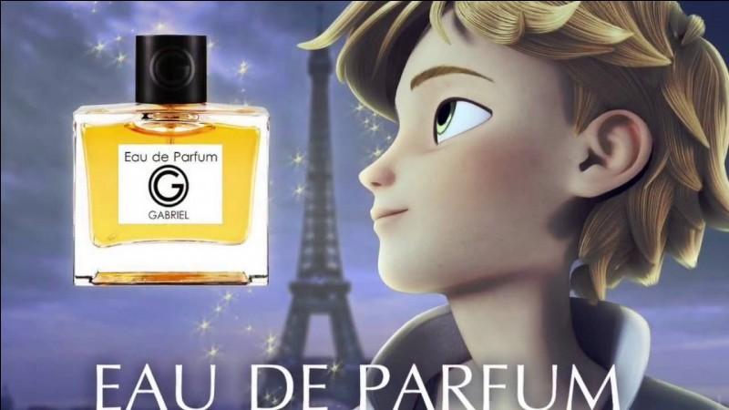 Comment s'appelle le parfum du père d'Adrien avec son fils en couverture ?