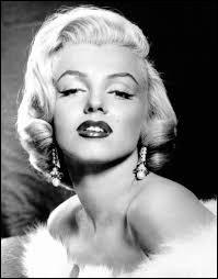 Dans quel film Marilyn est-elle amoureuse d'un cow boy immature ?