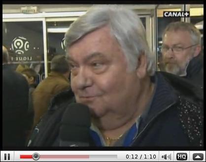 Louis Nicollin, président du club de foot de Montpellier, a traité l'auxerrois Benoît Pedretti de tarlouze avant de s'excuser à sa manière :