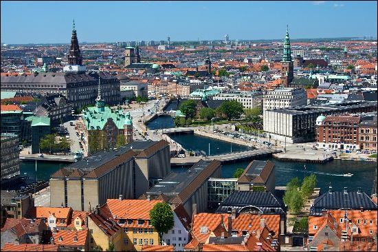 La capitale de ce pays est Copenhague.
