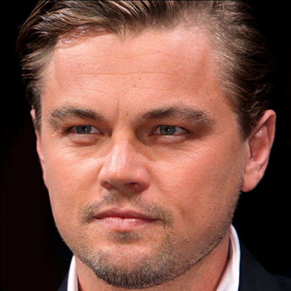 """Internationalement connu pour mes rôles dans des films tels que """"Titanic"""", """"Roméo + Juliette"""", """"Arrête-moi si tu peux"""", j'incarne Dominic Cobb dans """"Inception de Christopher Nolan. Quelle est l'année de sortie du film ?"""