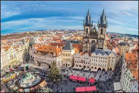 Laquelle de ces villes ne se trouve pas en République Tchèque ?