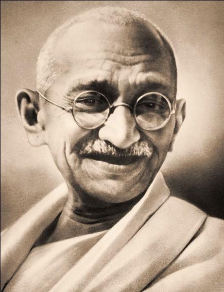 À quelle date a eu lieu l'assassinat de Mohandas Karamchand Gandhi ?