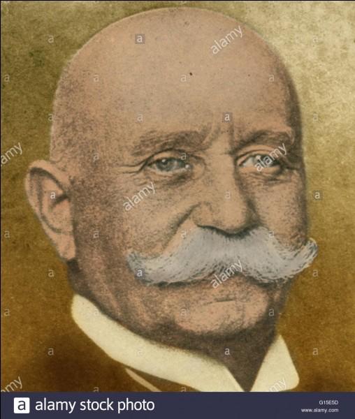 Qu'a donc inventé Ferdinand Von Zeppelin en 1900 ?