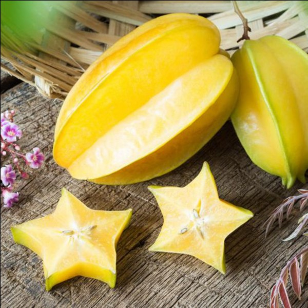 Quel fruit ressemble à une étoile quand il est découpé ?