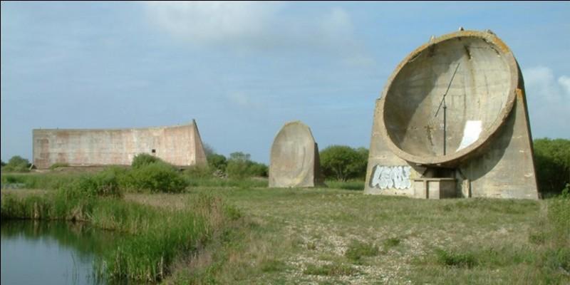 Sur la photo, on peut voir une construction bien bizarre ! Ce type d'objet est apparu au cours de la 1e Guerre mondiale. Il semble ne plus avoir une grande utilité maintenant.Connaissez-vous l'utilité de cet objet ?