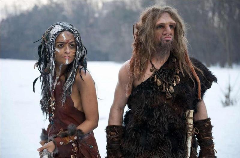 Voici une photo extraite du film « AO, le dernier Neandertal » réalisé par Jacques Malaterre ! Remontons dans le temps, il y a 28 000 ans (a priori), au moment de la disparition de cette espèce du genre homo et recherchons l'endroit où il aurait disparu.Quel est cet endroit ?