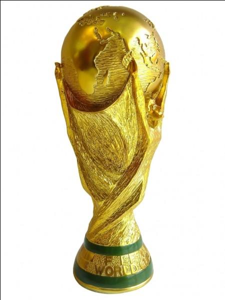 Quelle équipe a participé une fois à la Coupe du monde ?