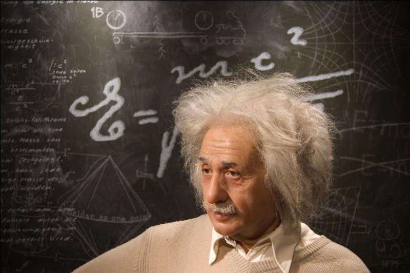 Einstein a été apatride. Vrai ou faux ?