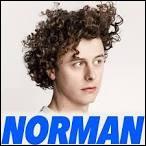 Comment Norman était-il surnommé quand il était petit ?