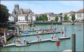 Les habitants de Meaux (Seine-et-Marne) se nomment ...