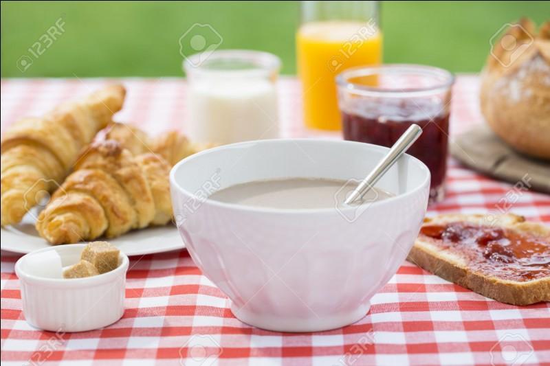 Le matin, tu manges...