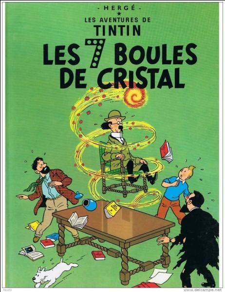 """Dans """"Les 7 boules de Cristal"""", quel est le nom de la ville où Milou retrouve le chapeau du Professeur Tournesol ?"""