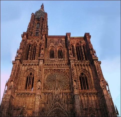 Quelle est cette Cathédrale,, qui resta jusqu'en 1874 la plus haute du monde?