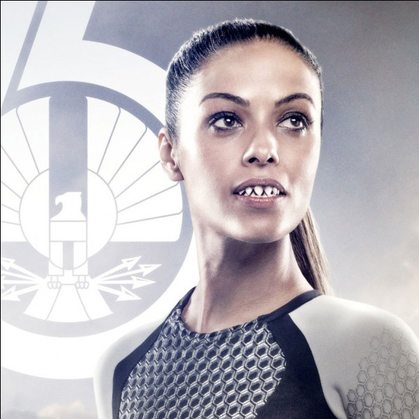 Pourquoi Enobaria Galpon est-elle célèbre outre le fait qu'elle remporta les 62e Hunger Games ?