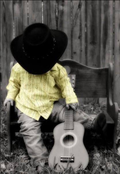 """La chanson de qui se termine-t-elle par les mots """"J'aimerais bien qu'il soit près de moi, Papa"""" ?"""