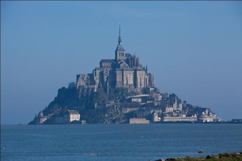 Le Mont-Saint-Michel se trouve-t-il en Normandie ?