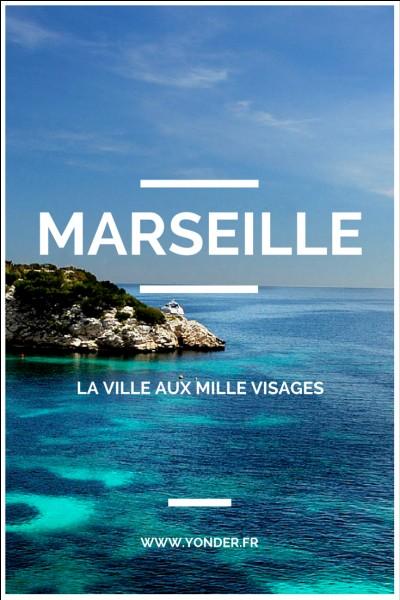 Marseille est une ville de ...