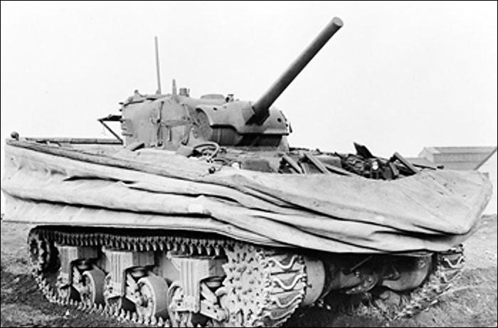 Quel char a été utilisé comme tank amphibie pendant le débarquement ?