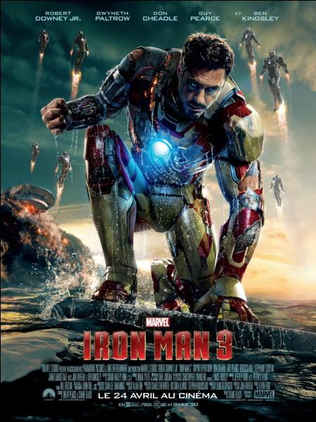 """Dans """"Iron Man 3"""", quelle couleur ne se trouve pas sur l'armure de Iron Patriot ?"""