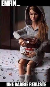 Pourquoi Barbie n'a pas d'enfants ?