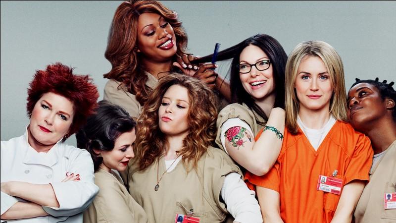 """Complétez ce titre d'une série Netflix très célèbre : """"Orange Is The New...""""."""