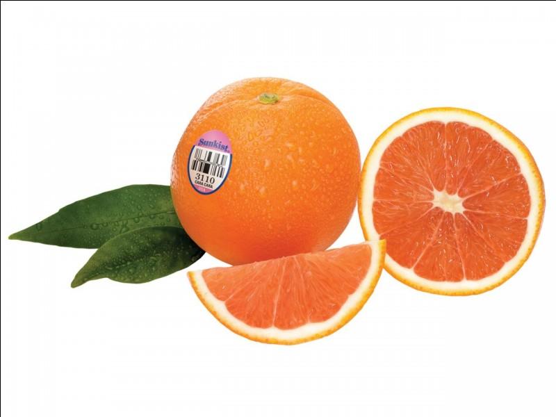 En quoi coupe-t-on une orange ?