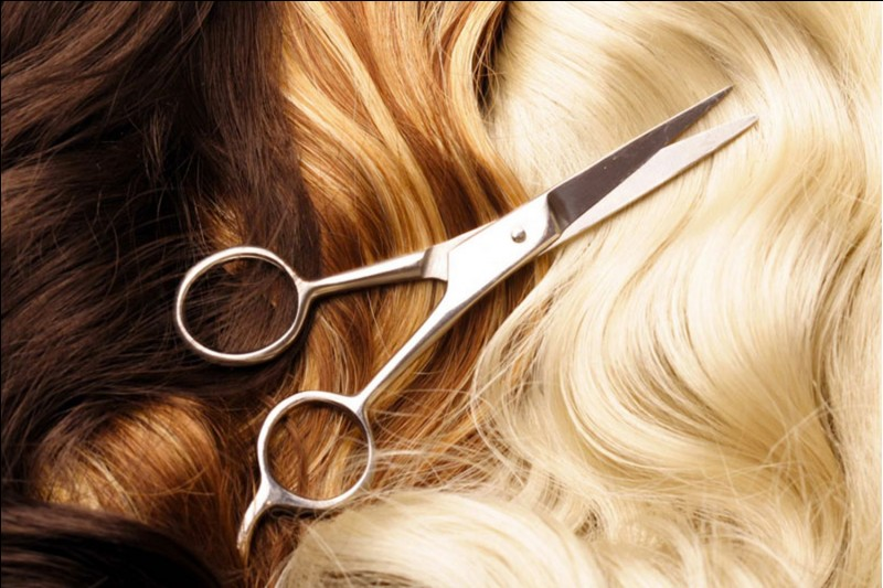 Tu préfères avoir les cheveux...