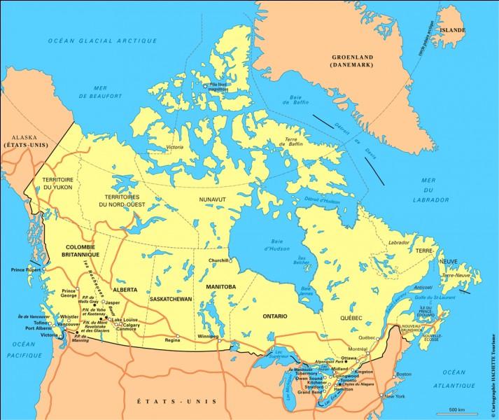 En quelle année le Canada est-il devenu une fédération d'États ?