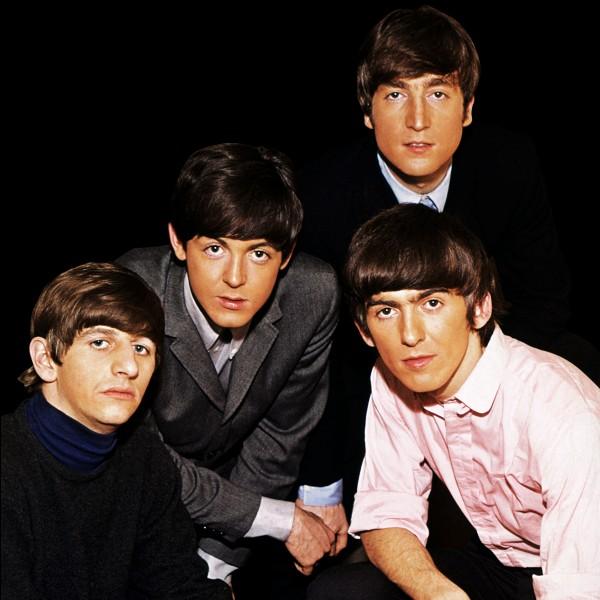 Quelle rue de Londres les Beatles traversent-ils, sur la pochette de l'album du même nom ?