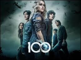 En parlant de séries ; aimes-tu « The 100 » ?