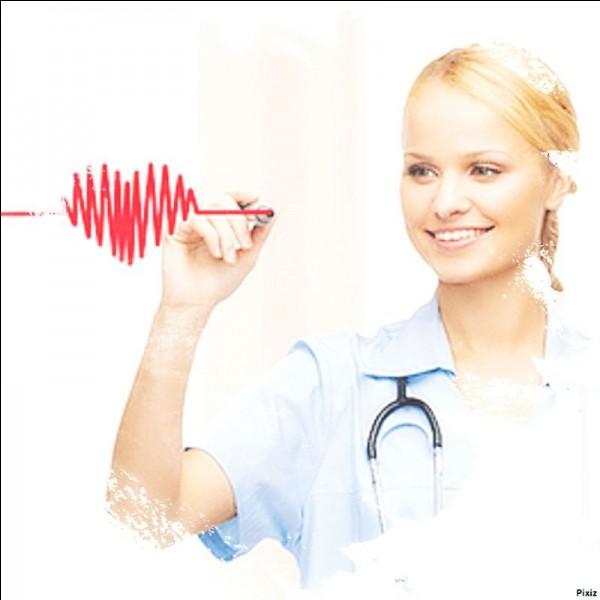 Que prépare l'infirmier avant chaque opération ?