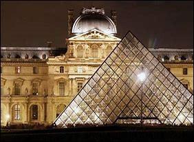 Où est situé le musée des traditions verrières ?