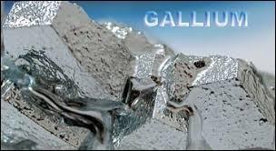 Le gallium a pour symbole les lettres Ga.