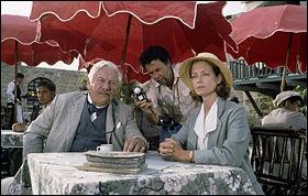 Quel est ce film de 1988, réalisé par Michael Winner, et adapté d'un roman d'Agatha Christie, avec Peter Ustinov, Lauren Bacall et Carrie Fisher ?