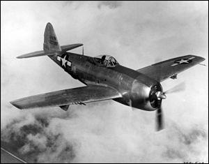 Dans la nuit, après première journée de combat, les Alliés demandent un appui aérien. Quels avions vont être utilisés ?
