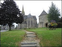 Nous partons en Bretagne à la découverte de l'église Saint-Pierre et de la tour Saint-Eutrope de Langourla. Ancienne commune de l'arrondissement de Dinan, elle se situe dans le département ...