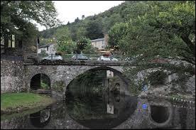 Village Gardois, Les Plantiers se situe dans l'ancienne région ...