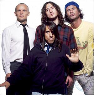 Quel est le nom du leader des Red Hot Chili Peppers ?