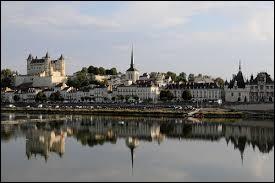 Comment appelle-t-on les habitants de Saumur (Maine-et-Loire) ?