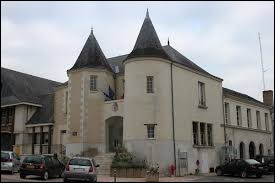 Autoproclamée capitale européenne de la rose, les habitants de Doué-la-Fontaine (Maine-et-Loire) se nomment ...
