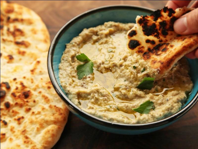 Quel ingrédient est utilisé dans le plat appelé ''baba ganousch'' ?