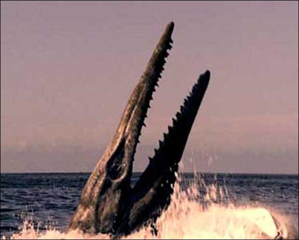 Quel reptile marin a vécu en même temps que le tylosaure ?