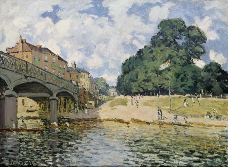 """Alfred Sisley """"Le pont de Hampton Court, Mitre Inn"""" 1874.Sisley, ça sonne comme un Anglais de pure souche ! Mais où etail-il né ?"""