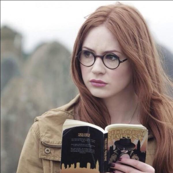 """Amelia Pond est un personnage de la série """"Harry Potter""""..."""